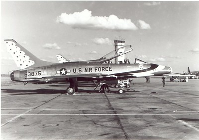 Thunderbirds F-100F 56-3875