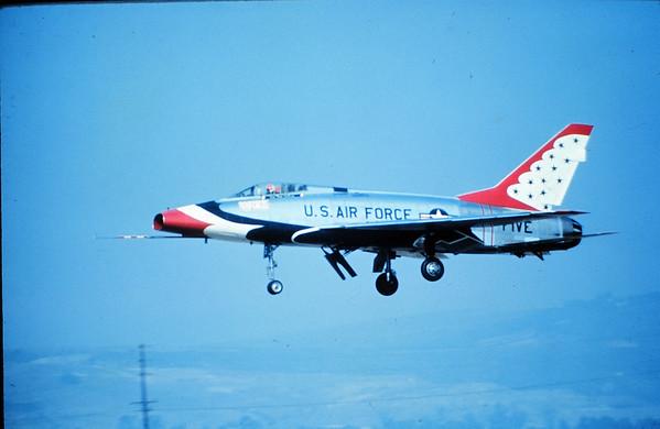 Thunderbirds F-100D FIVE Oxnard, Ca 12 Oct 1968_1