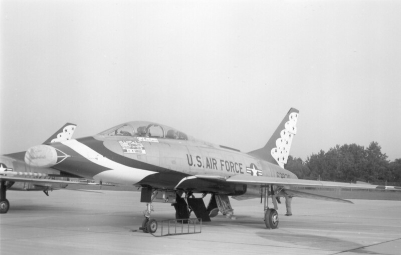 Thunderbirds F-100F 56-3785