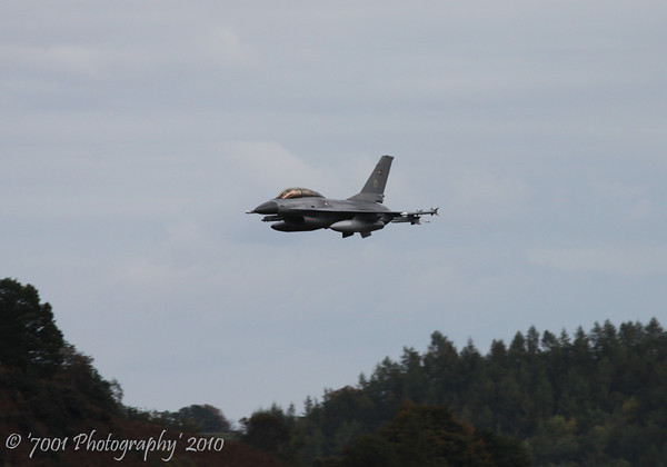 ET-615 F-16B - 14th October 2010.