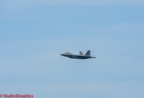F-22 Seafair Sunday with an P-50 Mustang