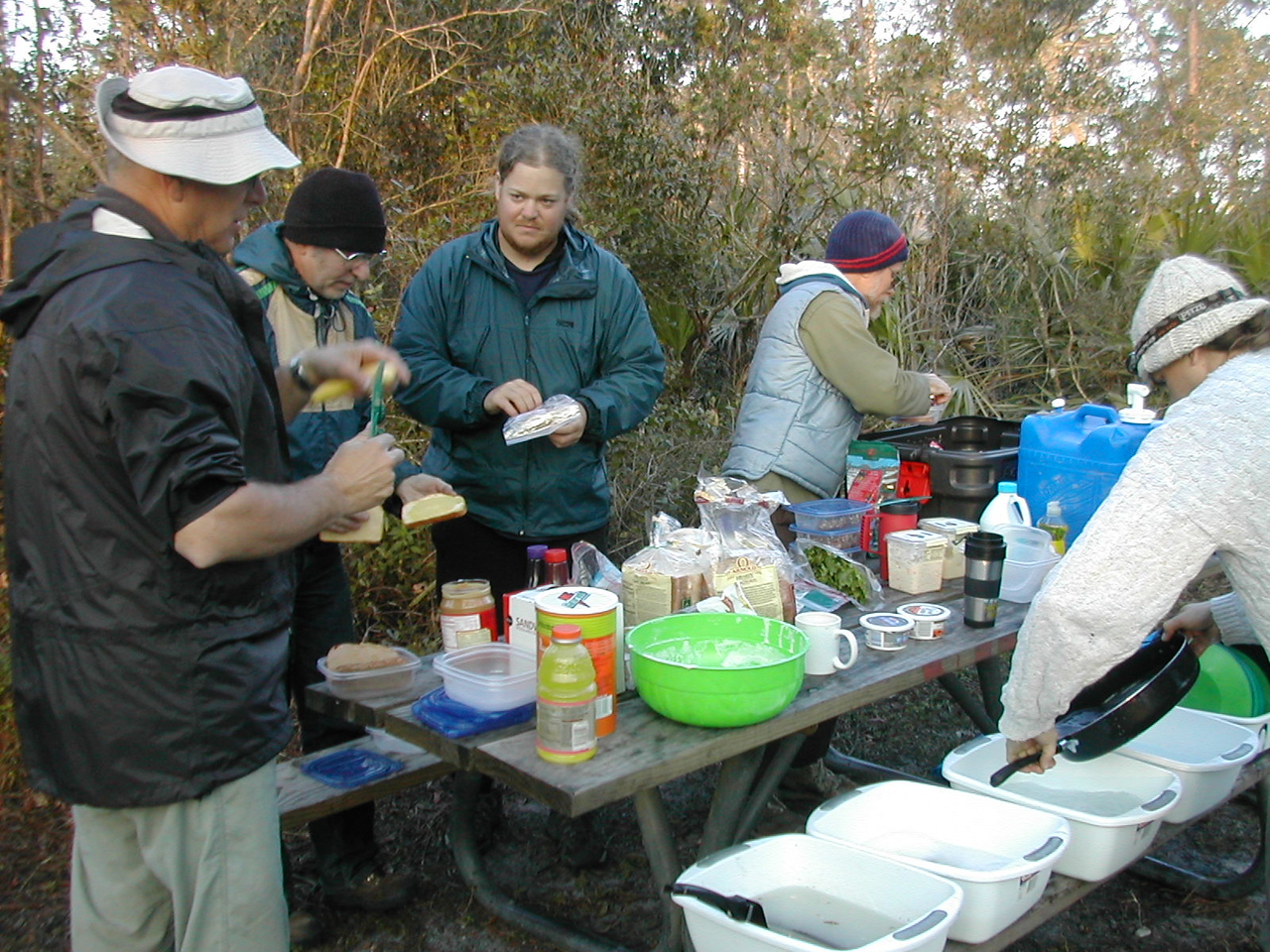 Dinner at camp<br /> Photo credit: FTA / Sandra Friend