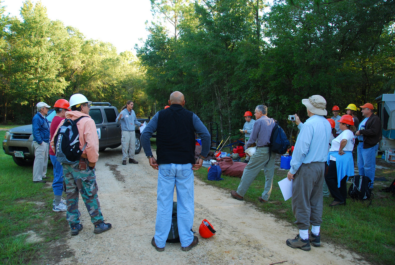 Getting ready with a tailgate safety session<br /> PHOTO CREDIT: Megan Eno / Florida Trail Association