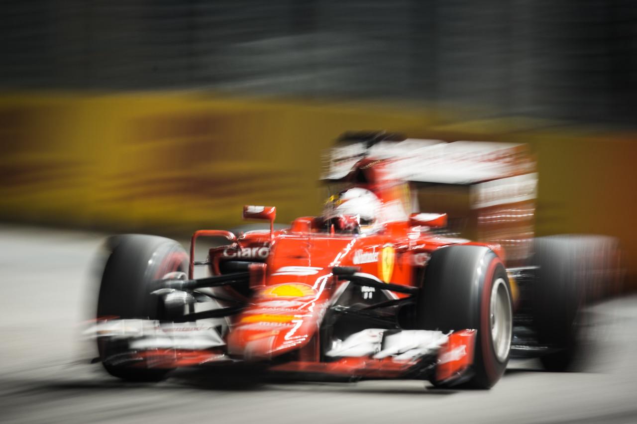 Vettel lead