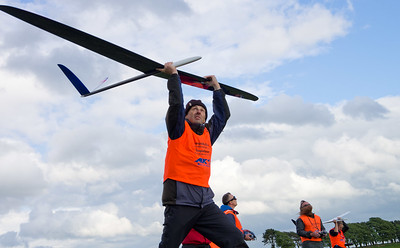 Ooomph! Mike Evans launching for some sport  flying