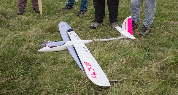 Visitor Graham Woods brought along his Kinetic aerobat - 2.4 metres, 2.3 kg