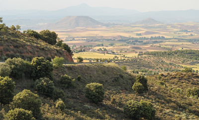 View of La Muela from the road to Torija