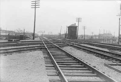 2016.010.FAC6.02803--cole 500 neg--CMStP&P--scene of interlocking plant and tower--Mayfair IL--1928 0513