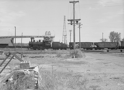 2016.010.FAC6.09316--cole 6x9-8pak neg--CMStP&P--steam locomotive 0-6-0 I5 1479 switching freight cars yard scene--Clinton IA--1954 0925