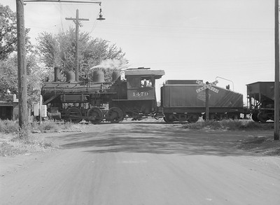 2016.010.FAC6.09318--cole 6x9-8pak neg--CMStP&P--steam locomotive 0-6-0 I5 1479--Clinton IA--1954 0925