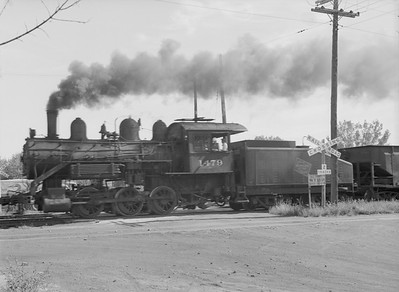 2016.010.FAC6.09317--cole 6x9-8pak neg--CMStP&P--steam locomotive 0-6-0 I5 1479 switching action--Clinton IA--1954 0925