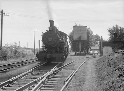 2016.010.FAC6.09279--cole 6x9-8pak neg--CMStP&P--steam locomotive 0-6-0 I5 1479--Clinton IA--1954 0925