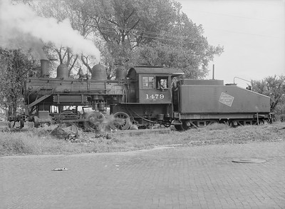 2016.010.FAC6.09412--cole 6x9-8pak neg--CMStP&P--steam locomotive 0-6-0 I5 1479--Clinton IA--1954 1007