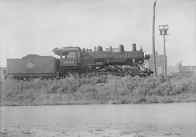 2016.010.FAC6.06134--cole 6x9-8pak neg--CMStP&P--steam locomotive 4-6-0 G8 2600--Rapid City SD--1931 0804