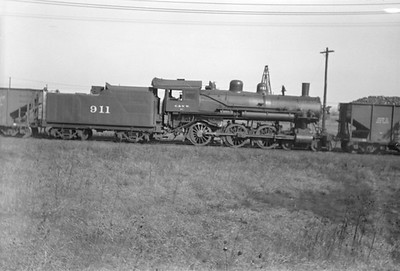 2016.010.FAC1.01629--cole 500 neg--C&NW--steam locomotive 4-6-0 R-1 911--Proviso IL--1929 1027