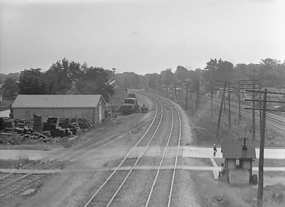 2016.010.FAC1.02060--cole 3x4 neg--C&NW--view from signal bridge looking east--Glen Ellyn IL--1921 0718