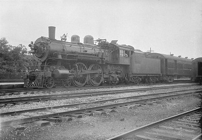 2016.010.FAC1.01857--cole 500 neg--C&NW--steam locomotive 4-4-2 D 1316 on passenger train--Geneva IL--1930 0614