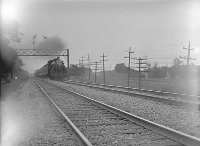 2016.010.FAC1.02062--cole 3x4 neg--C&NW--steam passenger train action--between Lombard and Glen Ellyn IL--1921 0718