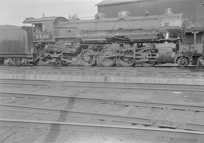 2016.010.FAC1.05643--cole 6x9-8pak neg--C&NW--steam locomotive 2-8-2 J 2420--East Clinton IL--1930 0823