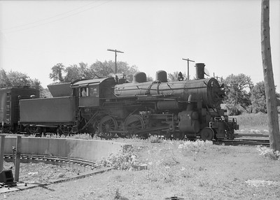 2016.010.FAC2.07372--cole 6x9-8pak neg--C&NW--steam locomotive 4-6-0 R-1 894--Rochester MN--1950 0630