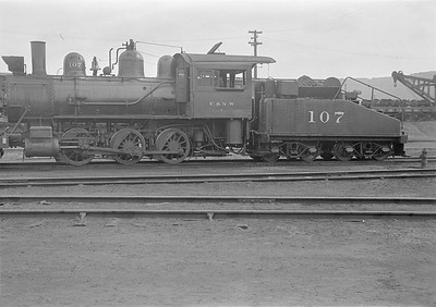 2016.010.FAC1.05572--cole 6x9-8pak neg--C&NW--steam locomotive 0-6-0 M 107--Winona MN--1930 0821