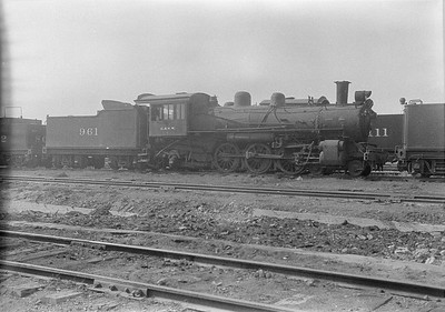 2016.010.FAC1.06175--cole 6x9-8pak neg--C&NW--steam locomotive 4-6-2 L 961 (dead)--Chadron NE--1931 0805