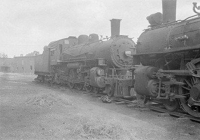 2016.010.FAC1.06165--cole 6x9-8pak neg--C&NW--steam locomotive 4-6-2 L 955 (dead)--Chadron NE--1931 0805