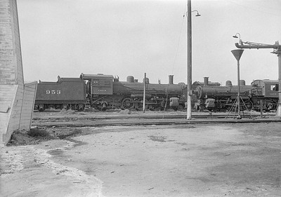 2016.010.FAC1.06180--cole 6x9-8pak neg--C&NW--steam locomotive 4-6-2 L 953 (dead)--Chadron NE--1931 0805
