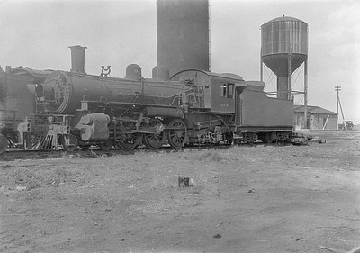 2016.010.FAC1.06187--cole 6x9-8pak neg--C&NW--steam locomotive 4-6-2 L 940 (dead)--Chadron NE--1931 0805