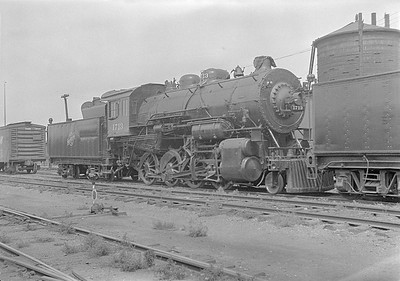 2016.010.FAC1.06120--cole 6x9-8pak neg--C&NW--steam locomotive 2-8-0 Z 1713 (dead)--Huron SD--1931 0803