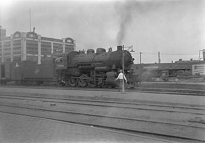2016.010.FAC1.06122--cole 6x9-8pak neg--C&NW--steam locomotive 2-8-0 Z 1758--Huron SD--1931 0803