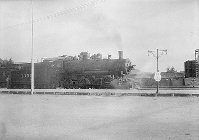 2016.010.FAC1.06132--cole 6x9-8pak neg--C&NW--steam locomotive 4-6-0 R-1 1355--Rapid City SD--1931 0804