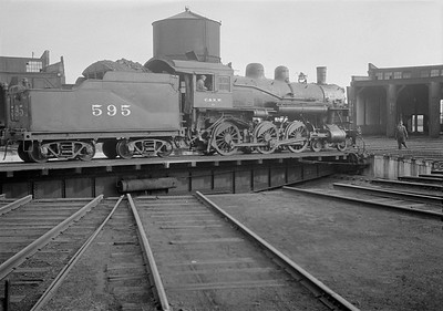 2016.010.FAC1.05445--cole 6x9-8pak neg--C&NW--steam locomotive 4-6-0 R-1 595 on turntable--North Fond du Lac WI--1930 0818