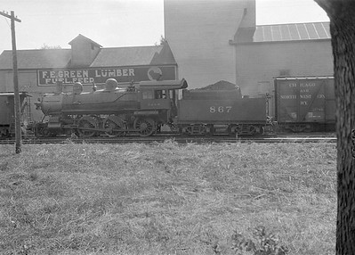 2016.010.FAC1.05417--cole 6x9-8pak neg--C&NW--steam locomotive 4-6-0 R 867 scene with freight cars--Ft Atkinson WI--1930 0818