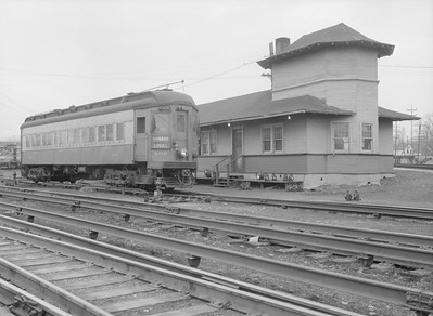 2016.010.FAC5.06599D--cole 6x9-12pak neg--CA&E--electric interurban at station--Wheaton IL--1957 0331