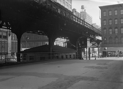 2016.010.FAC5.06708--cole 6x9-12pak neg--Chicago Elevated--old Market St L stub from Civic Opera House looking south at Madison St station--Chicago IL--1948 0531