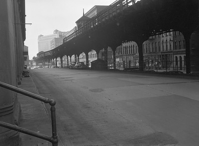 2016.010.FAC5.06706--cole 6x9-12pak neg--Chicago Elevated--old Market St L stub from Civic Opera House looking north--Chicago IL--1948 0531