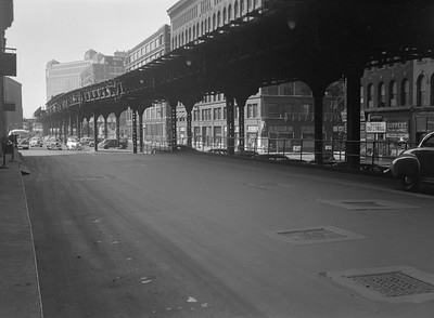 2016.010.FAC5.06707--cole 6x9-12pak neg--Chicago Elevated--old Market St L stub from Civic Opera House looking north--Chicago IL--1948 0531