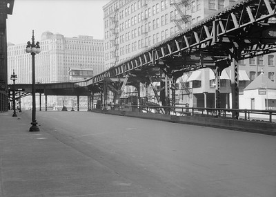 2016.010.FAC5.06701--cole 6x9-12pak neg--Chicago Elevated--old Market St L stub from Randolph St looking north--Chicago IL--1948 0531