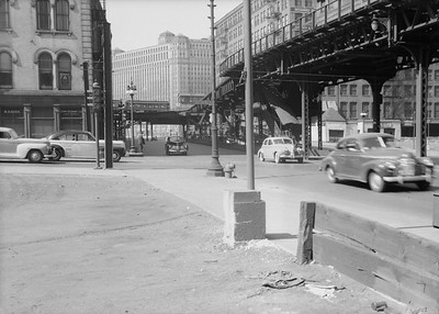 2016.010.FAC5.06699--cole 6x9-12pak neg--Chicago Elevated--old Market St L stub from Randolph St looking north--Chicago IL--1948 0531