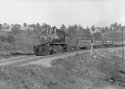 2016.010.FAC5.05009--cole 6x9-12pak neg--MR&BT--steam locomotive 2-8-0 8 on freight train--north of St Francis MO--1916 0930