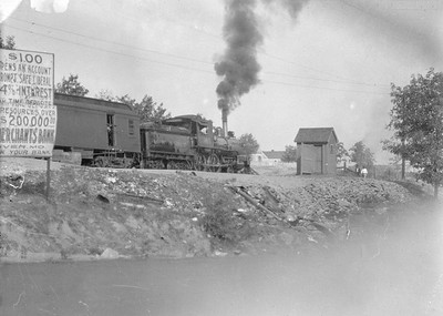 2016.010.FAC5.05010--cole 6x9-12pak neg--MR&BT--steam locomotive 4-4-0 18 on passenger train--St Francis MO--1916 1008