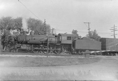 2016.010.FAC5.02247--cole 500-12pak neg--NYC--steam locomotive 4-6-0 on freight train--North Porter IN--1923 0716