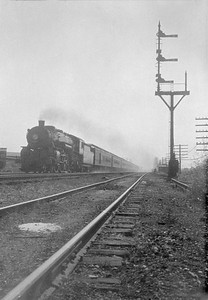 2016.010.FAC5.02249--cole 500-12pak neg--NYC--steam locomotive on passenger train action--Porter IN--1923 0716