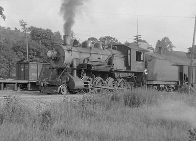 2016.010.FAC5.05187--cole 6x9-12pak neg--PM--steam locomotive 2-8-0 357 on freight train--Newayago MI--1919 0620
