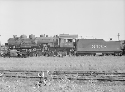 2016.010.FAC5.09207--cole 6x9-12pak neg--AT&SF--steam locomotive 2-8-2 3138 (retired)--Proviso IL--1954 0904