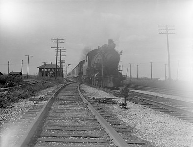 2016.010.FAC5.02101--cole 3x4 neg--AT&SF--steam locomotive on passenger train--McCook IL--1921 0821