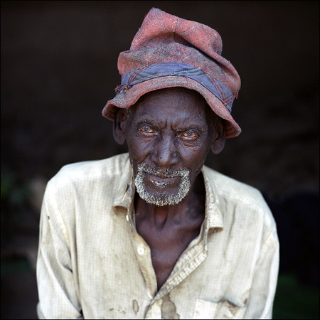 Africa - old man with hat