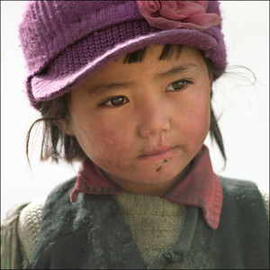 Tibet - girl running nose