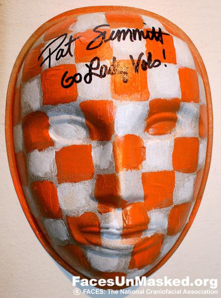 Mollie Youngblood <br /> Pat Summitt autograph